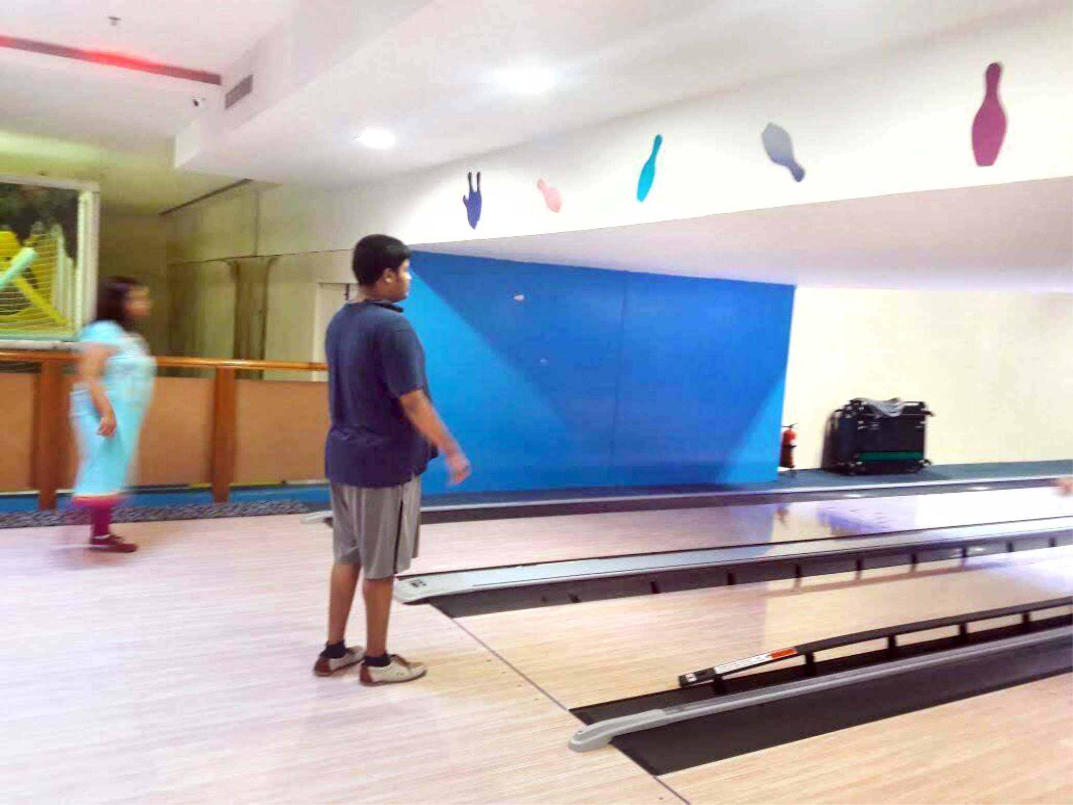 Bowling-alley-4